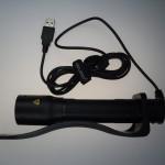 Taschenlampe-Wandhalterung-Ladekabel